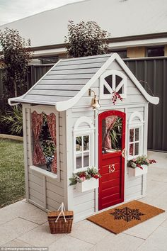 Kmart Cubby House Hack- Little Reno For Your Littlest Loves – Miss Kyree Loves Backyard Playhouse, Build A Playhouse, Wooden Playhouse, Backyard Playground, Backyard For Kids, Costco Playhouse, Kids Cubby Houses, Kids Cubbies, Play Houses