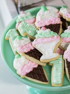 whipped up ice cream cone, sundae and number one shaped cookies in pretty pastels that matched the party's decor.