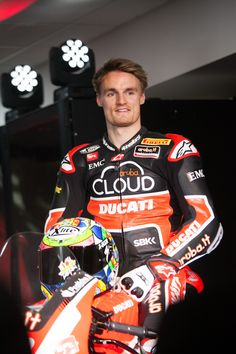 Chaz Davies, pilota dell'Aruba.it Racing - Ducati Superbike 2015