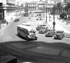 Montevideo, Plaza, Buses, France, City, Vehicles, Vintage, Xmas, Uruguay