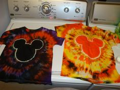 Just wanted to share how I made our shirts. First we got the plain white cotton shirt. Mickey Mouse House, Mickey Mouse And Friends, Mickey Ears, Disney Tees, Disney Diy, Disney Crafts, Disney Cruise, Disney Halloween, Scary Halloween