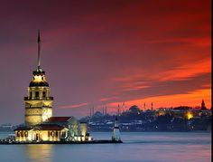 The Maiden's Tower (Turkish: Kız Kulesi), Istanbul, Turkey    Image Source: www.galataistanbul.com