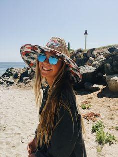 Pinterest: Sofia Fernández ♛ Summer Vibes, Summer Feeling, Summer Breeze, Summer Pictures, Beach Pictures, Summer Goals, Foto Instagram, Insta Photo Ideas, Summer Aesthetic