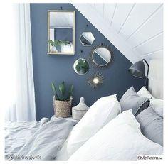 Blue Bedroom Walls, Bedroom Wall Colors, Bedroom Carpet, Blue Bedrooms, Light Bedroom, Rustic Bedroom Design, Diy Bedroom Decor, Home Decor, Bedroom Ideas