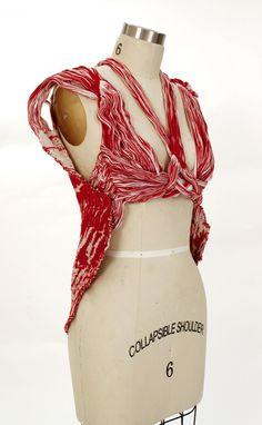 Eliza Vlasova Muscle Tissue Weaving. Pinned by Wenmar Star, LLC from www.streetanatomy.com on 7-7-14.