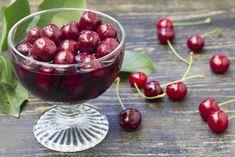 compot natural de cirese reteta savori urbane Cata, Cherry, Urban, Recipes, Food, Canning, Eten, Recipies, Ripped Recipes