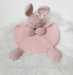 Crochet Easter, Crochet Lovey, Crochet Bunny Pattern, Crochet Rabbit, Baby Blanket Crochet, Crochet Dolls, Amigurumi Patterns, Knitting Patterns, Crochet Patterns