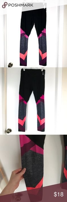 "Reebok Leggings Details: Reebok leggings, size Medium, stretchy spandex, black with patterns in pink & orange, approx 28"" inseam. Good condition. Original price $49. Bundle deal: buy 2 or more items from my closet & save 15% Reebok Pants Track Pants & Joggers"