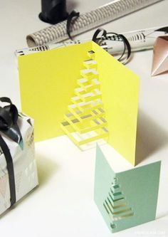 5 Easy Christmas Crafts to Make at the Last Minute - Petit & Small 5 minute crafts kids diy christmas cards - Kids Crafts Christmas Crafts To Make, Homemade Christmas Cards, Christmas Tree Cards, Simple Christmas, Kids Christmas, Handmade Christmas, Creative Christmas Cards, Navidad Simple, Navidad Diy