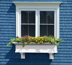 Add a touch of elegance to your outdoor space with the stylish, East Coast inspired Yorkshire Window Box from Mayne. It features a lipped edge and a built-in water reservoir that creates a self-watering effect to keep your plants looking fresh. Window Planter Boxes, Window Box Plants, Planter Ideas, Garden Windows, Home Windows, Self Watering, Exterior Paint, Exterior Window Molding, Exterior Windows