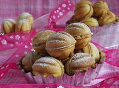 Kipróbált és bevált receptek ...: Diócska Pretzel Bites, Biscuits, Deserts, Muffin, Food And Drink, Bread, Vegetables, Breakfast, Sweet