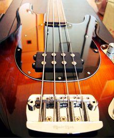 Music Man StingRay fretless bass
