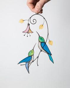 Hummingbird stained glass window hangings decor Custom stained glass bird suncatcher nana gift - My Magnificent Ideas Custom Stained Glass, Stained Glass Birds, Stained Glass Suncatchers, Stained Glass Designs, Stained Glass Projects, Stained Glass Patterns, Stained Glass Windows, Window Glass, Stained Glass Cookies