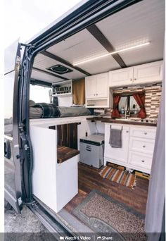 If you recognize exactly what look you wish to attain, designing a campervan won't be such a tricky job to do. Designing a campervan is quite easy whe. Motorhome, Kombi Home, Van Home, Camper Van Conversion Diy, Van Conversion Layout, Van Interior, Interior Ideas, Van Living, Camper Life