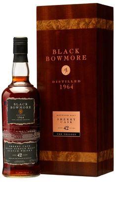 Bowmore Islay Single Malt Whisky On the eye almost ebony. Good Whiskey, Cigars And Whiskey, Scotch Whiskey, Bourbon Whiskey, Bowmore Whisky, Single Malt Whisky, Wine And Liquor, Exotic Fruit, Distillery