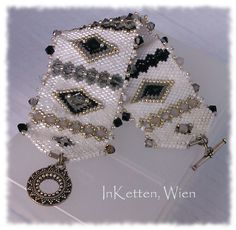 peyote jewelry | Peyote Technik; Armband, Bracelet, beaded Bead, Swarovski Crystallized ...