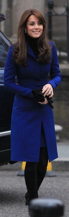 Who made  Kate Middleton's blue coat, black boots, gloves, and handbag?