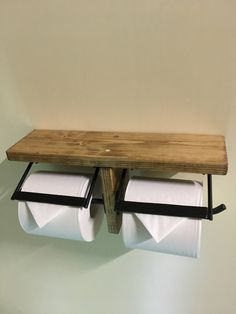 ご覧いただきありがとうございます。◆商品説明◆木材(ホワイトウッド)とアイアンを使用したトイレットペーパーホルダーです。棚付きなのでちょっとした小物などが置けるおしゃれで便利なアイテムです。◆サイズ◆幅 330mm高 150mm奥 ...