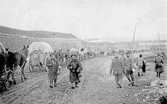 I Peter Englunds stora verk om första världskriget möter vi människan bakom soldaten och får en stark känsla av hur kriget upplevdes även bakom fronten. Boklördag publicerar i dag ett utdrag ur den...