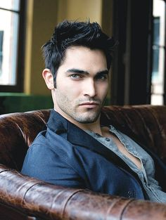 Tyler Hoechlin, Teen Wolf on MTV OOOOOOO Teen Wolf I miss you! Come back!