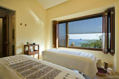 Pamper yourself & your loved one with a couples massage