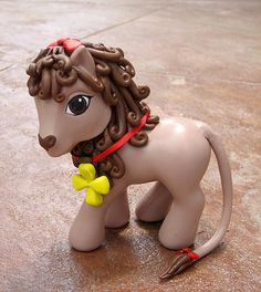 Cowardly Lion My Little Pony - I have not seen these... must find, lol
