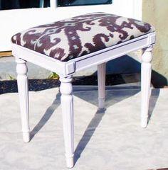 DIY Ottoman : DIY Footstool / Ottoman DIY Furniture