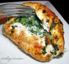 Easy, delicious and healthy Spinach and Pepper jack Cheese Stuffed Chicken Breast recipe from SparkRecipes. See our top-rated recipes for Spinach and Pepper jack Cheese Stuffed Chicken Breast. Comidas Light, Spinach Stuffed Chicken, Chicken Spinach Recipes, Mozzarella Stuffed Chicken, Stuffed Chicken Breasts, Easy Stuffed Chicken Recipes, Healthy Recipes With Spinach, Cheese Recipes, Recipes With Chicken Breast Easy