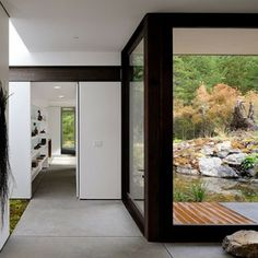 EAGLE RIDGE SHIPPING CONTAINER HOME