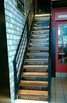 Stairway to heaven… 🎶 – Rock Music Music Aesthetic, Aesthetic Grunge, Aesthetic Vintage, Rock Tumblr, Rock And Roll, Band Wallpapers, Rock Decor, Bon Jovi, Kurt Cobain