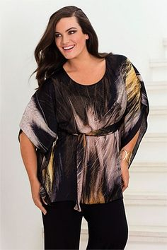 Women's Tops - Evans Feather Print Top - EziBuy New Zealand Winter Outfits, Winter Clothes, Full Figure Fashion, Feather Print, Modest Fashion, Plus Size Outfits, Evans, Plus Size Fashion, Plus Size Women