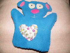 """Doudou marionnette de main """"Melle Simone l'Oursonne trop mignonne"""" Faites travailler l'imagination de vos enfants...jouez aux marionnettes! Imagination, Oven, Etsy, Vintage, Plush, Puppets, Cute, Handmade Gifts, Hands"""