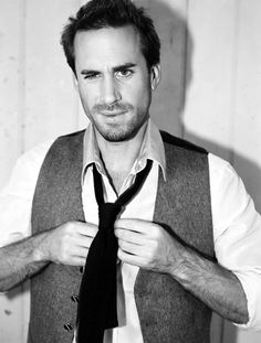 Joseph Fiennes aka Martin Luther aka Voldemort's brother. Mind blown.