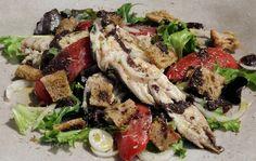 Ensalada de pescado azul,  Salad of blue fish,  #cooking #cocina #dinners #cenas #recipes #recetas #spain #food #alimento  #fish