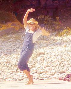 Want to: dance on a boardwalk like Meryl Streep in Mamma Mia