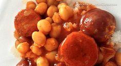 El Garbanzo Guisado con Chorizo al estilo español es sumamente delicioso, pero cuando lo preparamos con el toque y sazón puertorriqueño, es irresistible.