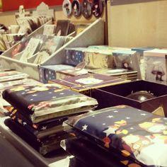 Gorjuss accessories http://www.clubdiverta.ro/office/gorjuss-fetitele-care-vad-cu-inima.html