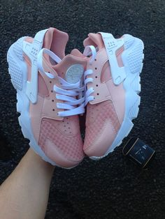 Converse blanche #trop chou   Chaussures   Baby lux