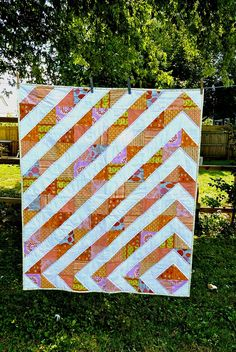 Love this design, looks so cool  http://irenedesign.blogspot.com/2011/08/chloes-quilt.html
