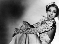 The Great Gatsby Style: Get a Josephine Baker Look with Rimmel London via Blinging Beauty Josephine Baker, Good Woman, African American Makeup, African American Hairstyles, Estilo Gatsby, Great Gatsby Fashion, Black Actresses, Gatsby Style, Celebs