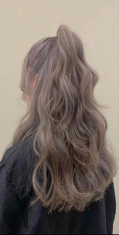 Two Color Hair, Pretty Hair Color, Hair Dye Colors, Korean Hair Dye, Korean Hair Color, Hair Up Styles, Medium Hair Styles, Silver Grey Hair, Haircuts For Long Hair