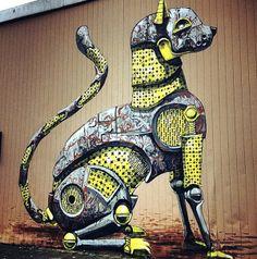Visual Bits #409 > Freedom To Paint: Murals & Graffiti Pixel Pancho New Mural In Düsseldorf, Germany
