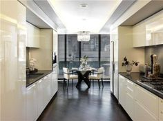 A fantastic 6 bedroom apartment right in the heart of Knightsbridge with very high ceilings, lots of natural light and exquisite modern, yet classically timeless interior design. This has to be one of the best apartments in London. On sale with Savills. Price on application.