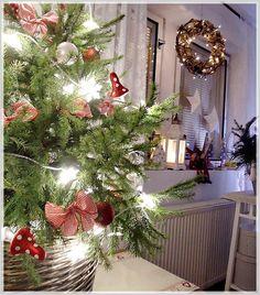 Christmas Holidays, Christmas Wreaths, Christmas Decorations, Christmas Tree, Holiday Decor, Valentines, Star, Home Decor, Christmas