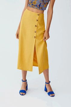 Fashion Slim Fit Button Slit Skirt – streetstyletrends   styles skirts skirt and top outfits skirt shoes winter skirt outfits #outfitwithskirt#winterskirtoutfits#skirtshoes#skirtandtopoutfits#stylesskirts