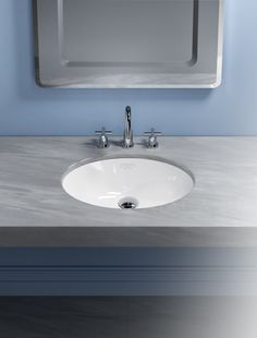 Canova Royal 57 and ø 40 washbasins, with their elliptical and circular shape, complete the family.  The washbasins are made with the high quality standards that characterize the whole Catalano's production.