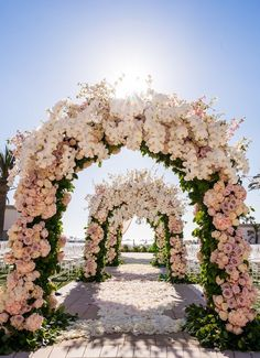 A Dreamy Luxury Wedding You'll Hardly Believe is Real! - Belle The Magazine luxury Wedding arch - Lin And Jirsa Photography Wedding Ceremony Ideas, Wedding Dj, Floral Wedding, Perfect Wedding, Wedding Flowers, Dream Wedding, Wedding Arches, Ceremony Arch, Spring Wedding