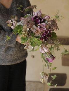 Art Floral, Floral Design, Flower Decorations, Wedding Decorations, Wedding Bouquets, Wedding Flowers, Tulip Bouquet, Beautiful Flower Arrangements, Green Flowers