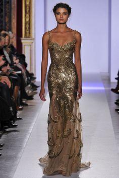 Patricia Bonaldi golden textured gown.