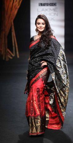 Mekhela Chador by Sanjukta Dutta - Lakme Fashion Week - SR 17 - 7